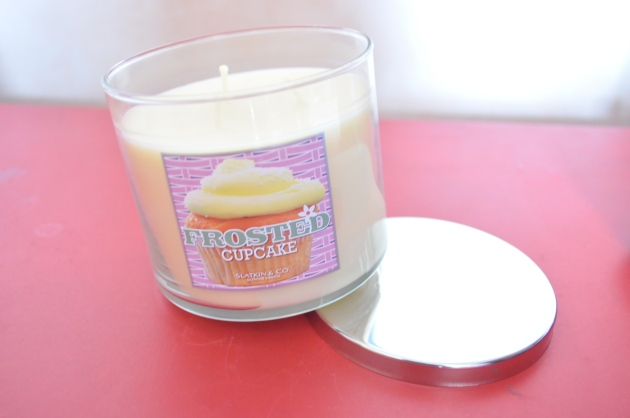 Bath and Body Works Frosted Cupcake candle