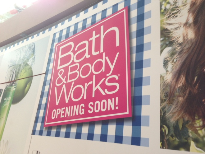 Bath and Body Works exterior