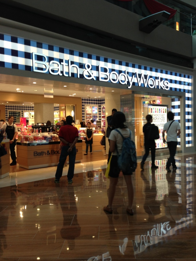 Bath and Body Works exterior 2